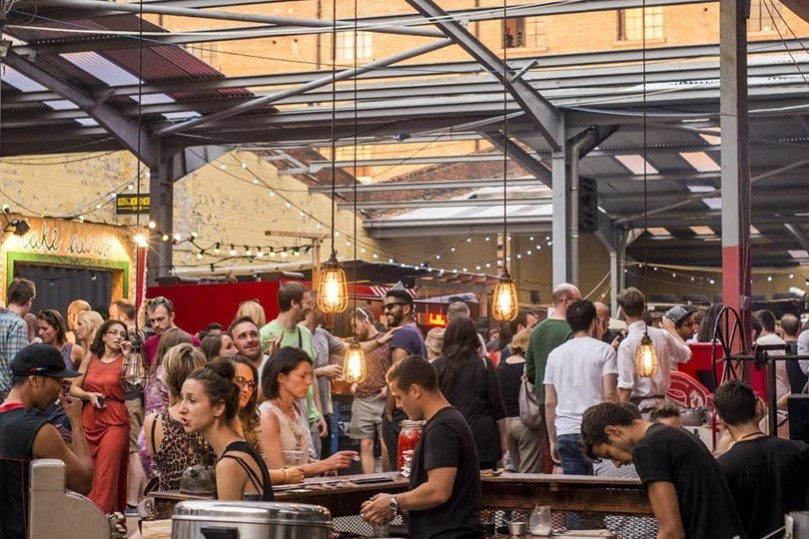 street-feast-dalston-yard-dalston-london-conde-nast-traveller-8may15-pr_810x540